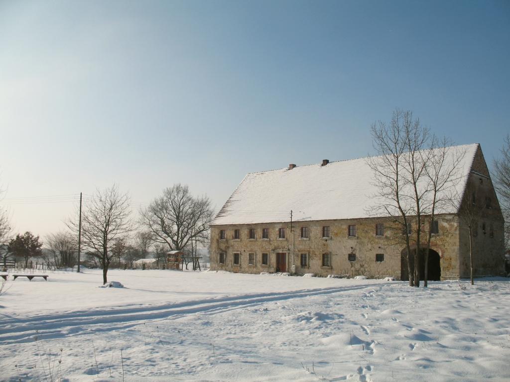Dom pod sową zimą - ferie w. dolnośląskie